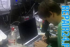 Тонкий ремонт ноутбука под микроскопом